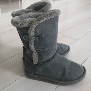 Old Navy girls ugg-like boots